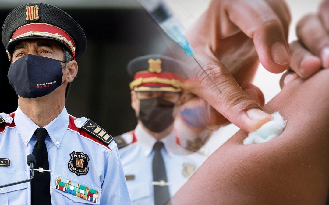 La Generalitat mobilitza el màxim nombre de Mossos possibles per a la jornada electoral Les comissaries van demanar als agents que es vaccinessin a corre-cuita; molts d'ells es trobaven de baixa