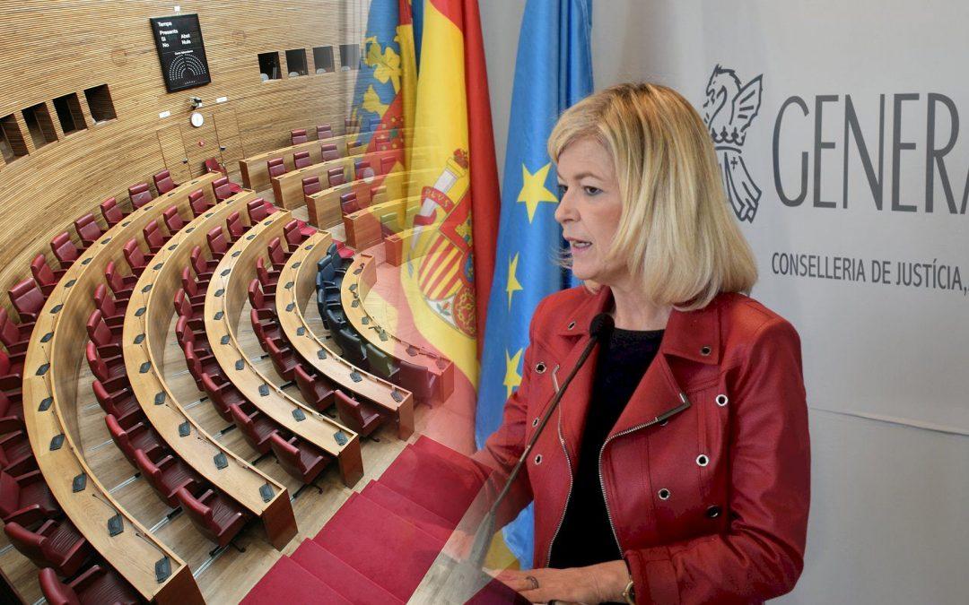 Corts Valencianes-consellera Gabriela Bravo