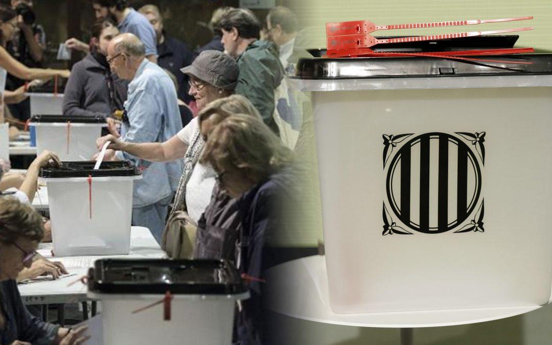 Els síndics de l'1-O, absolts El Jutjat Penal 11 de Barcelona no considera que hagin comès delictes de desobediència i usurpació de funcions