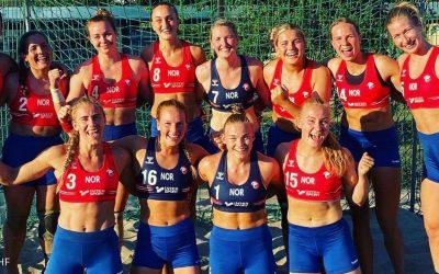 L'equip noruec femení d'handbol platja guanya l'or de la dignitat Rebutja de jugar amb l'uniforme minimalista i sexista imposat per la federació, malgrat les coercions