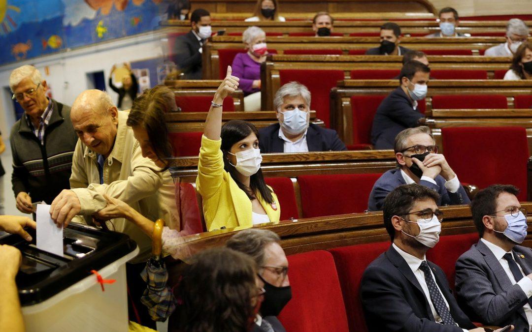 1oct urnes-parlament 29-09-2021