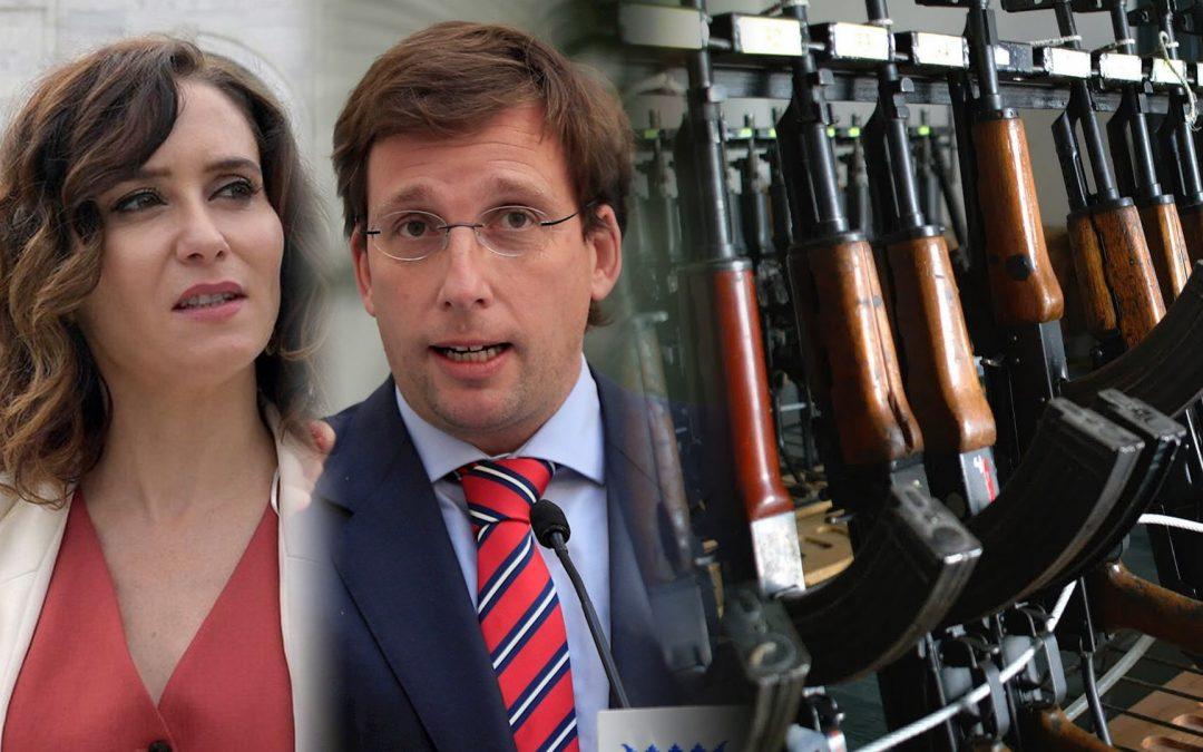 Ayuso-Almeida-arsenal d'armes