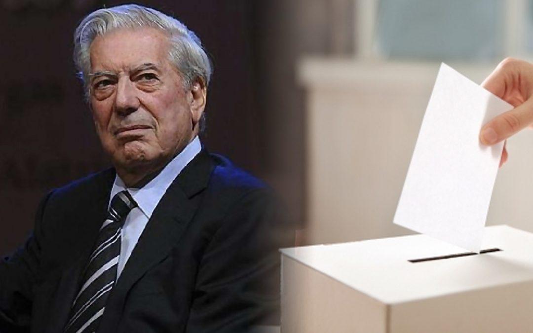 """Vargas Llosa s'enquista al carril dret en assegurar que la prioritat no és la llibertat de vot sinó """"votar bé"""" L'escriptor peruà es postula per Casado en una convenció del PP i menysté la utilitat del català"""